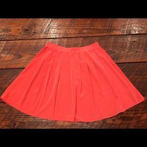 Mini Skirt. Poppy Color.